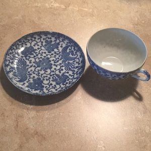Made in Japan Phoenix tea cup set blue & white